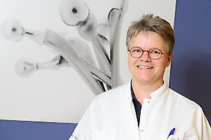 dr. A.V.C.M. Zeegers