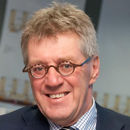 De heer prof. dr. F. A. (Frans) van Vught (voorzitter)