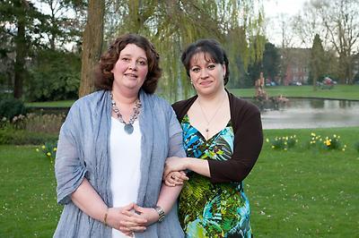 2 stomaverpleegkundigen van MST