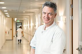 dr. M.G Stoel