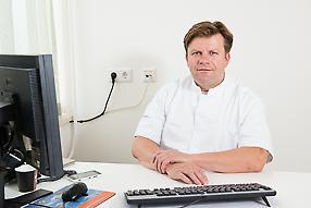drs. E.B. van Duyn