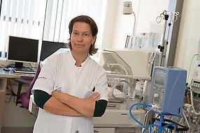 dr. L.G.M.  van Rooij
