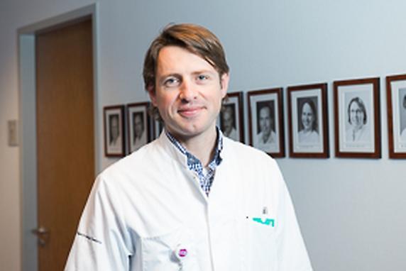 dr. M Asselman