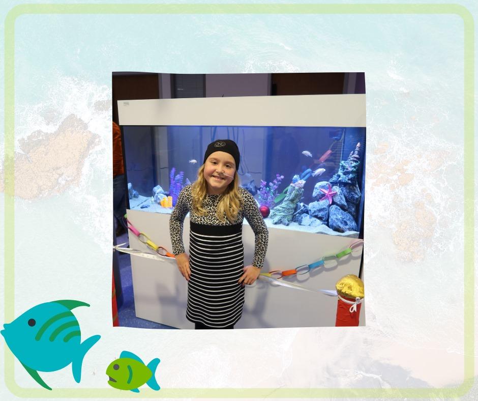 Meis schenkt aquarium aan VKC